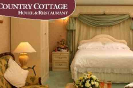 The Country Cottage Hotel - Overnight Stay For Two With superior deluxe double suite with en suite bathroom plus breakfast and a two course meal in Ruddington - Save 57%