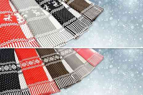 Global Essentials - Reversible Christmas scarf  - Save 75%