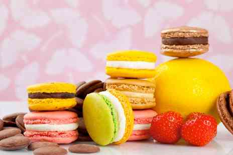 Lorchidee boutique patisserie - Box of 16 Macarons   - Save 44%