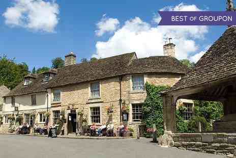 The Castle Inn - One  or Two Nights stay For Two With Breakfast - Save 50%