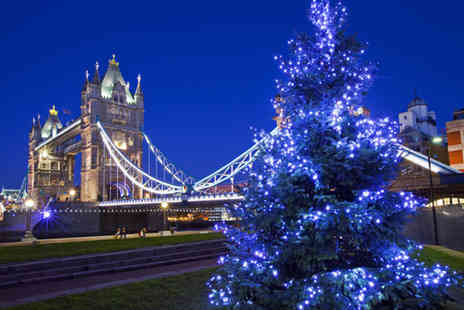 Golden Tours - Two hour London Christmas Lights by Night open top bus tour - Save 33%