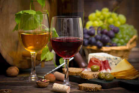 Sedlescombe Organic Vineyard - Vineyard tour for Two including wine tasting and lunch - Save 41%