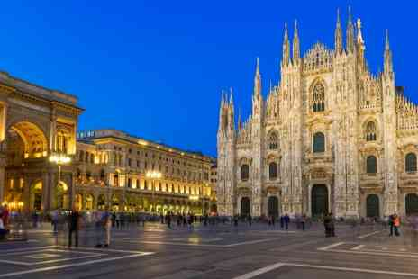 Hotel Des Etrangers - Two or Three Stay in central Milan for including flights and breakfast - Save 0%