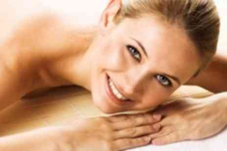 Aimez-vous - Spa Day For Two With 90 Minutes' Worth of Beauty Treatments - Save 57%