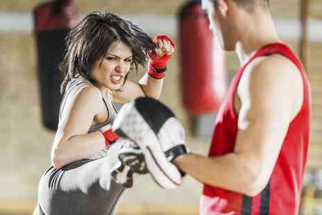 JasonOrchardFitness - 10 Kickboxing or Box For Fitness Classes for One - Save 80%