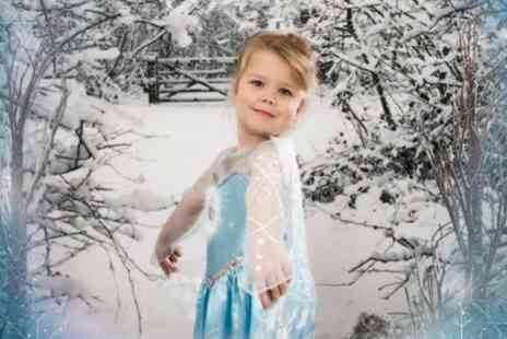 Jane Jordan Photography - 30 minute Frozen or Super Hero themed photoshoot, including three prints and a keyring  - Save 94%