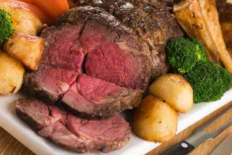 Hilton Newbury Centre Hotel - Three Course Sunday Carvery Lunch with a Glass of Prosecco for Two - Save 0%
