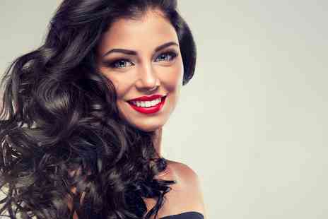 Amy OMG - Bouncy Blow Dry or a Cut, Blow Dry and Conditioning Treatment - Save 50%