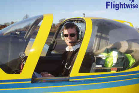 Flightwise - Flying Lesson - Save 55%
