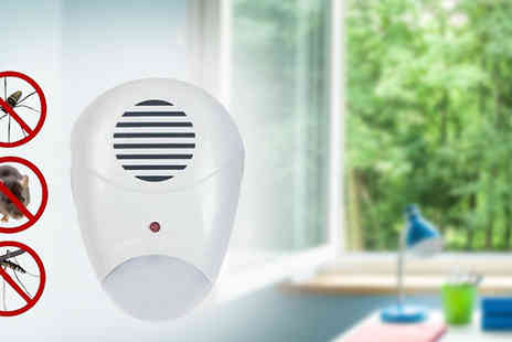 Urshu - LED Ultrasonic Pest Repeller Plug One or Two - Save 60%