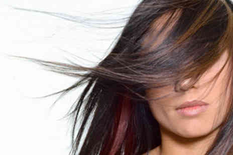 Brazilian Look - Brazilian Blow Dry Keratin Shoulder Length - Save 63%