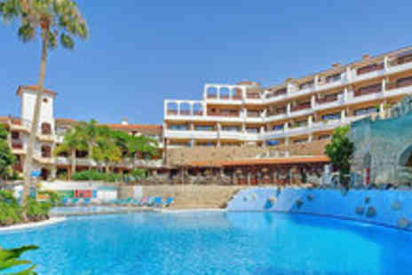 Petchey Leisure - Seven nights in a self-catering apartment in Tenerife - Save 77%