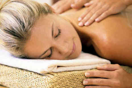 Redmayne Lodge - Hour Long, Full Body Aromatherapy Massage - Save 58%