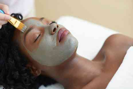 Riannas Hair & Beauty - 75 Minute Facial Pamper Package  - Save 0%