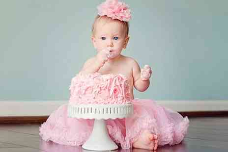 Flirt Studios -  Baby or Pet Cake Smash Photoshoot - Save 82%