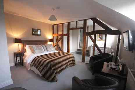 Laughern Hill Estate - Overnight 5 Star stay for two including supper, a glass of wine and breakfast - Save 68%