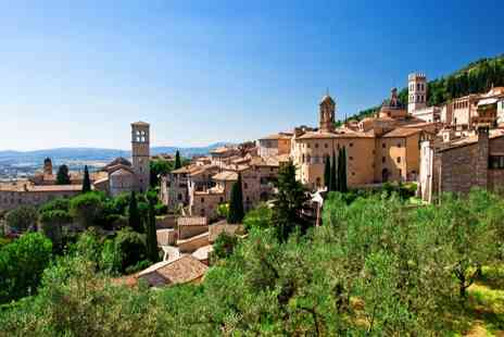 Albergo Duomo - Authentic Seven Nights stay in Umbria with breakfast, 6x dinners plus olive oil tasting included  - Save 31%