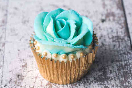 Nadia Rae - Cupcake Decorating Masterclass - Save 51%