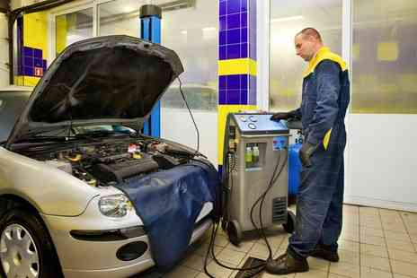 Motorworld Cambridge - Car Air Conditioning Service with Re Gas - Save 0%