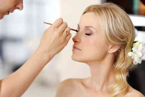 OMG Cosmetic - Full Day Smokey Eye Bridal Make Up Course - Save 0%