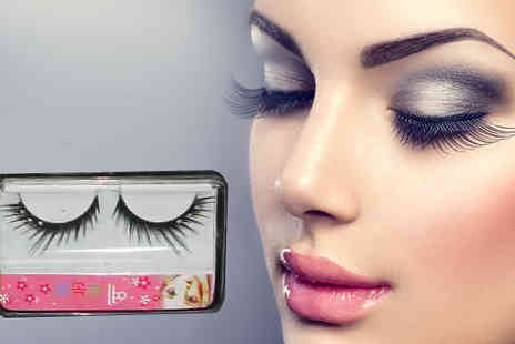 Funky Monkey Gift Shop - Three Sets of False Eyelashes - Save 54%