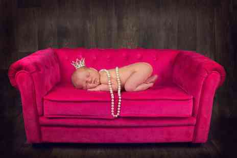 Lauren Chypree Photography - Newborn photoshoot and prints   - Save 95%