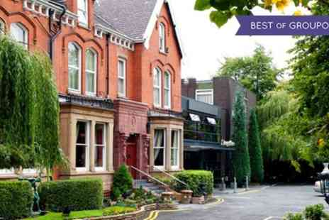 Willowbank Hotel - One Night Stay For 2 With Breakfast, Wine and Parking With Option For Dinner - Save 50%