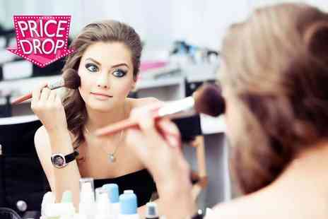 JD Campus London - Online BAC accredited hair, makeup and bridal makeup course - Save 92%