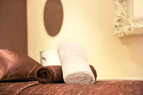 Virgin Experience Days - The Chelsea Day Spa Boutique 60 minute Massage Treat for Two - Save 0%