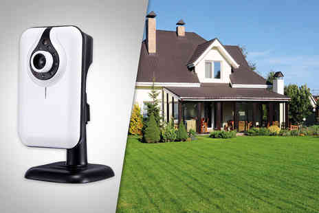 Hedoo -  IP wireless surveillance camera with night vision - Save 76%