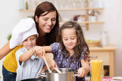Greenwich Pantry - Childrens cookery class  - Save 60%