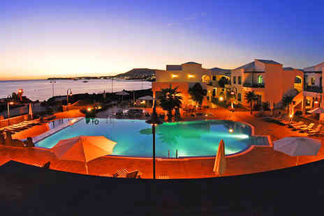 HD Pueblo Marinero - Ten nights stay in a Suite Premier Sea View - Save 44%