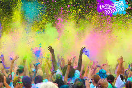Colour Vibe 5K - Entry to Colour Vibe 5K Plus Race Pack - Save 34%