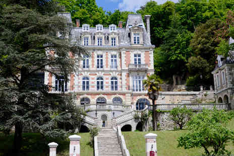 Art Hotel  -  The Jewel of the Loire in black and white - Save 30%