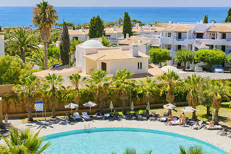 Sao Rafael Suites  - Spacious suites, beautiful beaches and plenty for the children in the lovely Algarve. - Save 55%