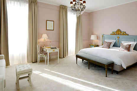 Grand Hotel - An elegant residence bathed in opulent history in beautiful Isle sur la Sorgue - Save 54%