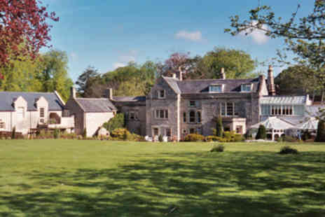 Charlton Hous - Romantic Midweek Retreat Spa Break for Two - Save 20%