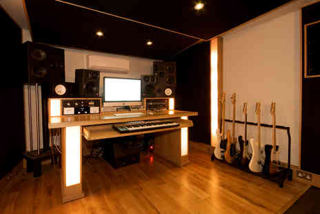 The Shoreditch Grind - One hour recording studio experience  - Save 81%