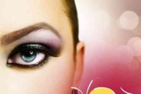 Glow Beauty Bar - Eyebrow Shape Plus Choice of Eyelash Extensions or Indian Head Massage - Save 60%