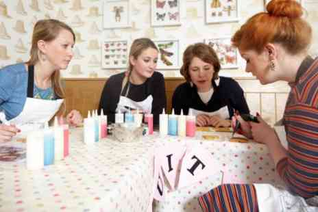 Biscuiteers Boutiqu - Two Hour Icing Class   - Save 0%