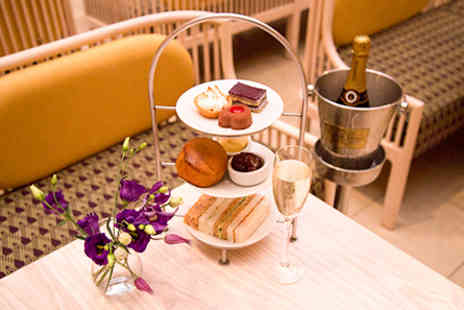 Wallace Collection - Visit the Wallace Collection with Champagne Afternoon Tea for Two - Save 0%