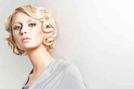 Twilight Salons - 3 hour Makeover, hair styling, photoshoot, bucks fizz & 6 free images on CD - Save 93%