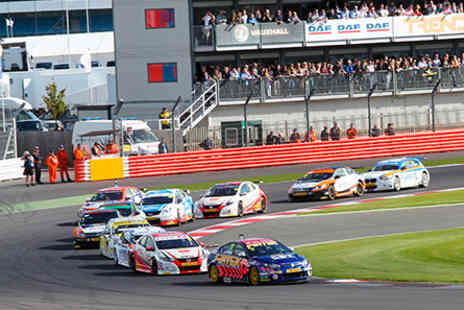 Silverstone - Dunlop MSA British Touring Car Championship General Admission for One on 18 September 2016 - Save 0%