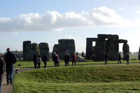 Viator - Stonehenge Tour from London - Save 0%