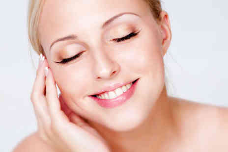 Pure Skin Clinic - Three sessions of thread vein removal  - Save 92%
