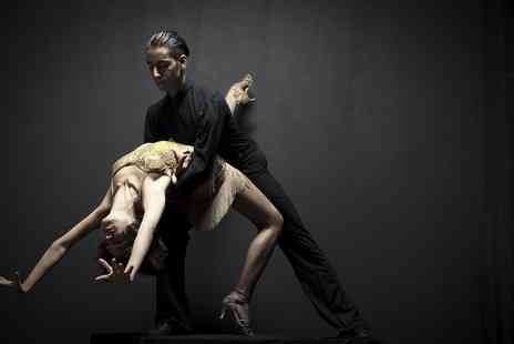 Caramelo Latin Dance - Four or Eight Beginners Kizomba or Brazilian Zouk Classes For One or Two - Save 78%