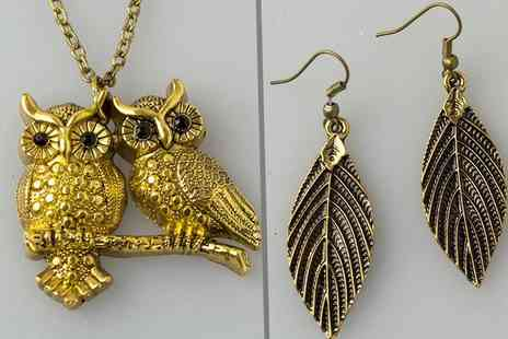 Fashion Sparkles 4U - Antique style owl pendant and feather earrings  - Save 73%