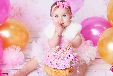 Joanna Rodzik Photography - Kids or Kids Cake Smash Photoshoot with Prints  - Save 78%