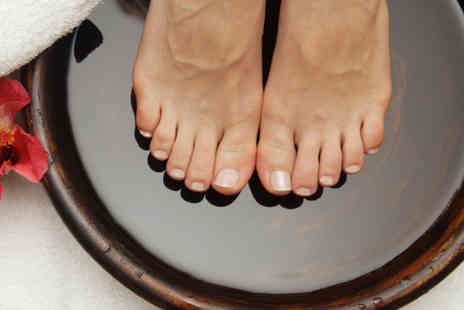Vogue Beauty Services and Beauty Institute - Reflexology foot ritual - Save 58%