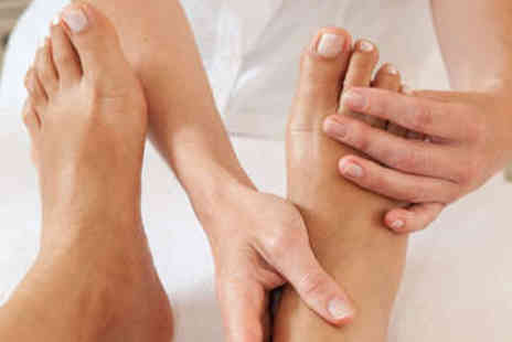 A King Feet - Chiropody Treatment and Assessment - Save 72%